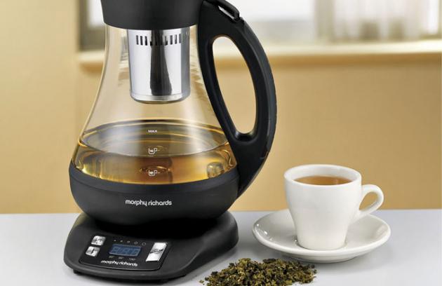Digitální konvice na čaj Tea Maker, teploty 85/95/100 ľC, tvrzené sklo Duran Schott, Morphy Richards, cena 3 699 Kč, www.morphyrichards.cz
