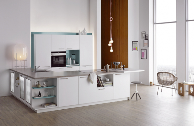 Z řady kuchyní značky Dolti pochází sestava Colorama Ocean. Kombinace bílé a modré je charakteristická pro tradiční řeckou architekturu, www.oresi.cz