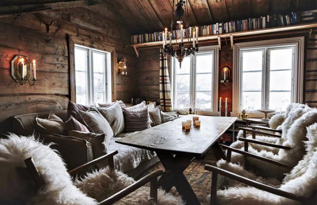 Velký stůl je centrem života rodiny. Tvoří příjemný prostor pro společné stolování, posezení spřáteli idětské hry