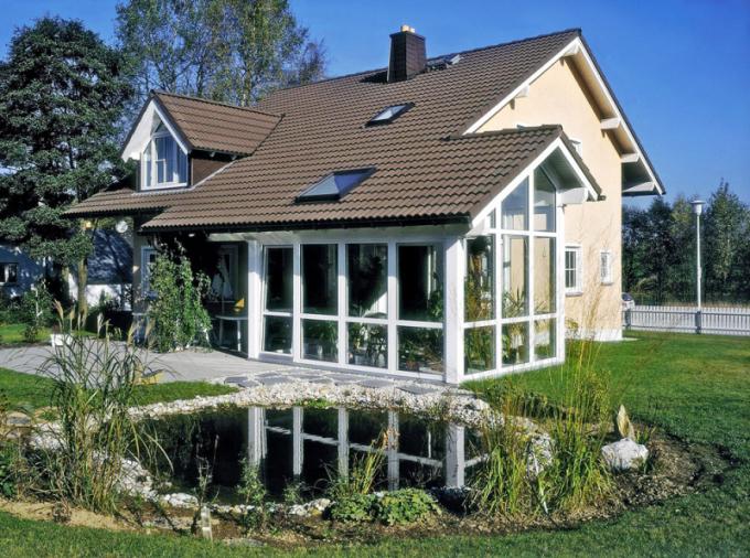 Moderní zimní zahrady zvyšují komfort bydlení a přinášejí do domu zeleň, www.rehau.cz