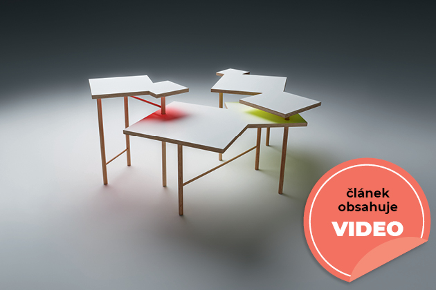 """Stůl """"Utsuri Table"""", který vytvořil Yo Shimada, zakladatel a hlavní designér zkanceláře Tato Architects vjaponském Kóbe."""