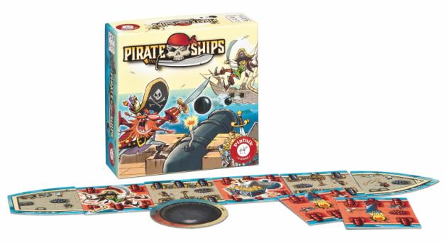 PIRATE SHIPS 549 Kč.Hra na přesný hod po stole pro 2 hráče od 5 let.Námořní bitva mezi pirátskými koráby od hráčů vyžaduje především zručnost a přesnost v hodu tak, aby oslabili loď protivníka dobře mířenými zásahy.