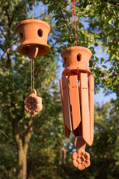 keramický zvonek a keramochimes