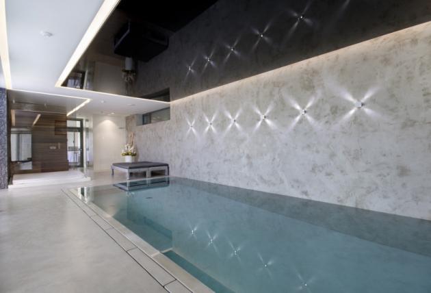 Je opravdu jedno, zda se jedná o menší koupelnu, velkorysý obývací pokoj, bazén, administrativní budovu či obchodní centrum. Při správném použití můžete stěrky aplikovat téměř kamkoli.