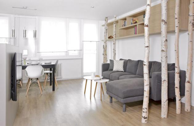 Kompletní rekonstrukce bytu vpanelovém domě se ujalo studio Zaki Design azakázku dodalo naklíč, tedy odnávrhu, přes stavební práce až pozařízení interiéru nábytkem