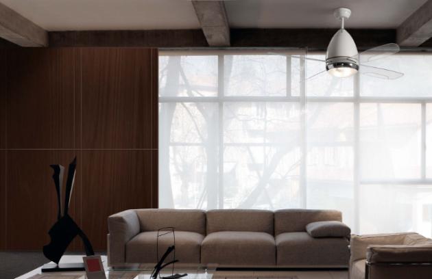 Ventilátor si můžete pořídit dokonce se světlem, tudíž jej využijete hned dvakrát. Vyplatí se ho mít i v zimě, kdy díky rozhánění teplého vzduchu pomůžete vytopení místnosti a tím můžete ušetřit až 20% energie za vytápění.
