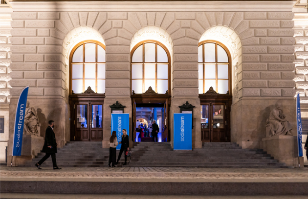 Ve středu 25. září uspořádala společnost SodaStream, celosvětová jednička vdomácí produkci perlivé vody, slavnostní večer vNárodním muzeu.