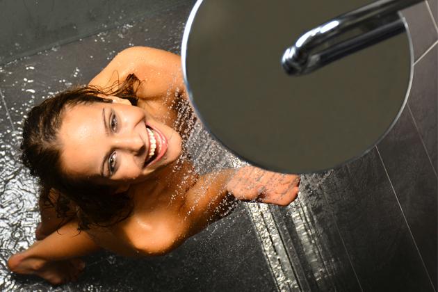 Termobaterie jsou neocenitelné i v rodinách s malými dětmi, kde je účinně chrání před opařením. Sprchové termobaterie v ceně od 3 990 Kč koupíte v eshopu RAVAK.