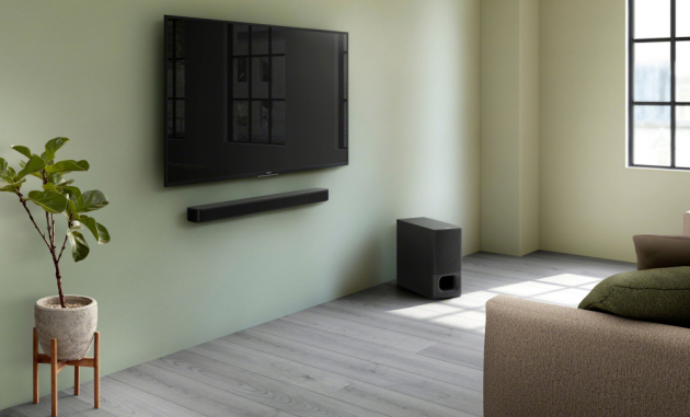 Zařizujete si obývací pokoj a máte už vybranou televizi, pohovku i stolek, ale pořád tomu něco chybí? Možná je to 2.1kanálový soundbar HT-S350 (Sony) s výkonným bezdrátovým subwooferem a technologií BLUETOOTH®.