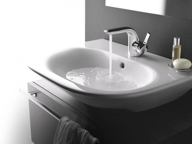 Do míst se zvýšenými nároky na hygienu je vhodná nenasákavá hydrofobní spárovací hmota GF Bio,