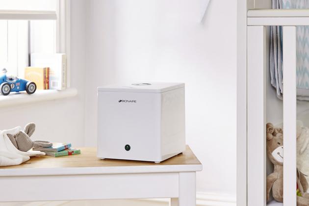 Ultrazvukový zvlhčovač Bionaire BUH003X, pro místnosti do12 m2, viditelná chladná mlha, provoz 10 hod, 1560Kč, www.bionaire.cz