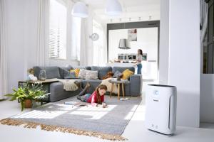 Čistička vzduchu Philips 3000 stechnologiemi AeraSense aVitaShield IPS, automatické čistění sindikací kvality čistěného vzduchu, pro místnosti do95 m2,  cena 13990Kč, www.philips.cz