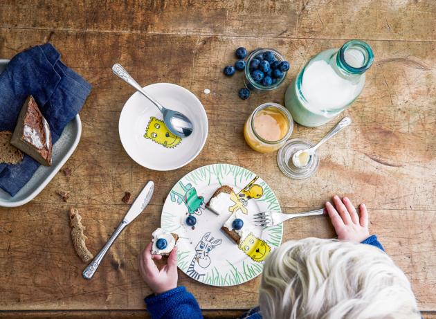 Dětský 6dílný jídelní set Safari, nerezová ocel/porcelán, WMF, cena 1 129 Kč, www.kulina.cz