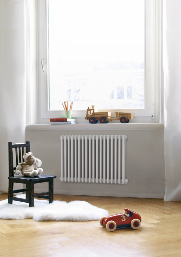 Radiátory Zehnder Charleston jsou vhodné pro každý interiér. Vyrábějí se v široké škále rozměrů, výkonů, připojení a upevnění a ve více než 50 barvách, www.ptacek.cz