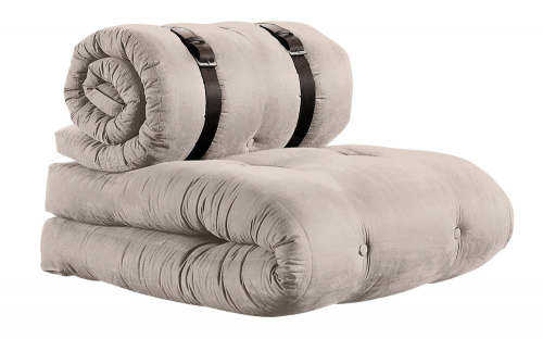 Křeslo Buckle Up (Karup), potah bavlna/polyester, matrace z pěnového jádra a vlny, 200 × 70 cm, cena 6 499 Kč, www.bonami.cz