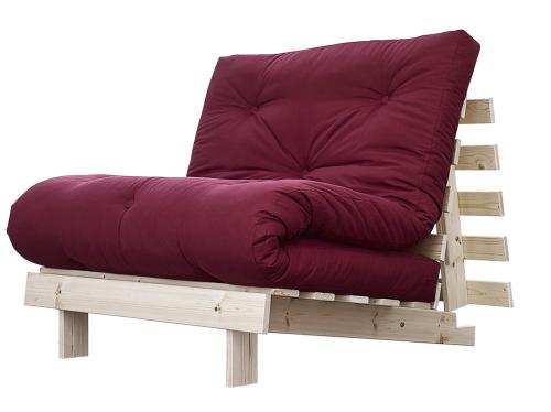 Dřevěnou rozkládací konstrukci s futonem má křeslo Root (Karup), 200 × 90 cm, cena 2 350 Kč, www.nejfuton.cz