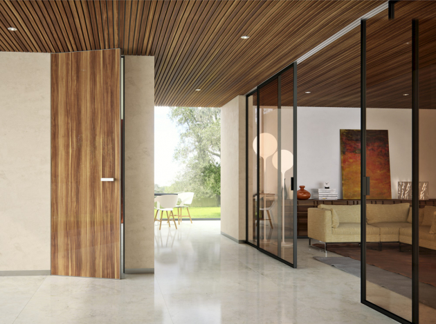 Od podlahy až ke stropu dokážou vyrůst dveře Master  door (jap) díky hliníkové konstrukci, výška 3,7 m,  cena od 12 935 Kč, www.dvere-jap.cz