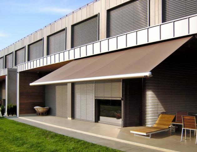 Markýza Scrigno patří mezi základní typy kazetových markýz, jenž najde uplatnění při stínění balkónů, teras rodinných domů i venkovních posezení, www.climax.cz