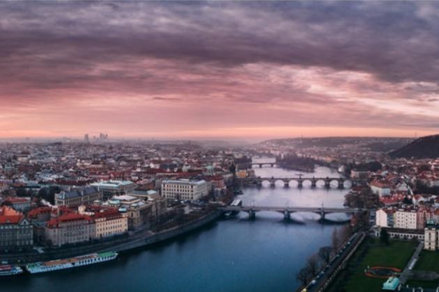 Jak vybrat nejhezčí místo pro bydlení v Praze (Photo by Jaromír Kavan on Unsplash)