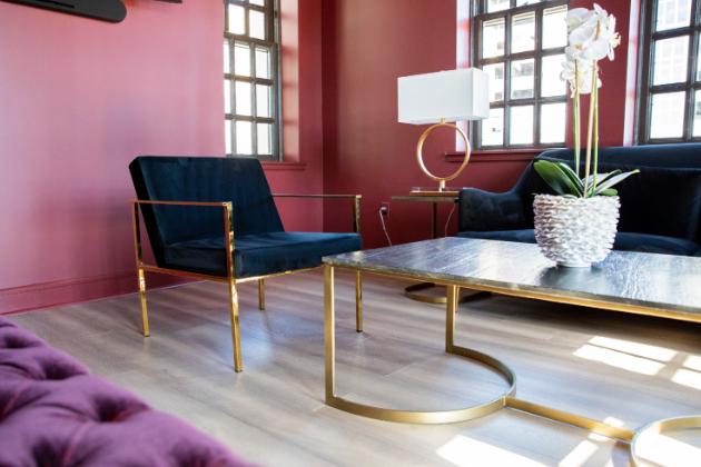 Mid-century styl: Zkrášlete si interiér špetkou vintage (Foto:In Lieu & In View Photography on Unsplash)