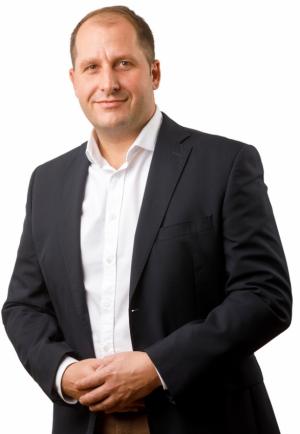 Novým obchodním a marketingovým ředitelem společnosti HELUZ byl k1.květnu jmenován Ing. Jiří Weis.