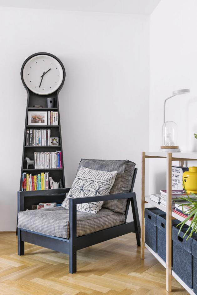 Nábytek i doplňky do svého bytu si Julien vybírá často z limitovaných edicí IKEA, které jsou vždy něčím ojedinělé
