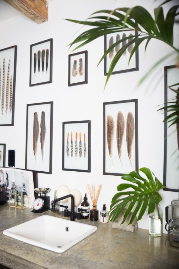Majitelka zbožňuje přírodní prvky v interiéru.