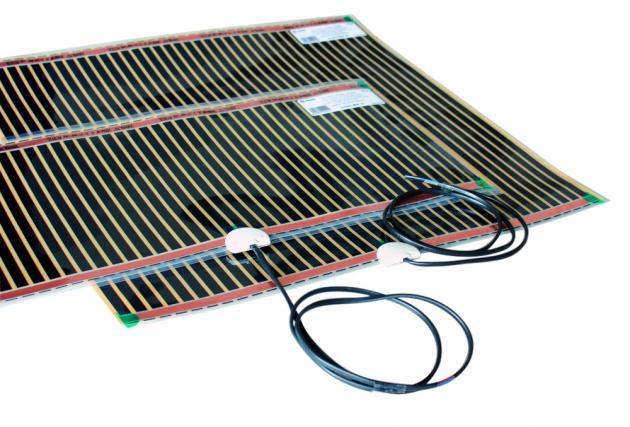 Topné fólie ECOFILM F do suchých konstrukcí pod plovoucí podlahy nebo s použitím doplňkových podložek HEAT-PAK pod PVC a koberce, www.fenixgroup.cz