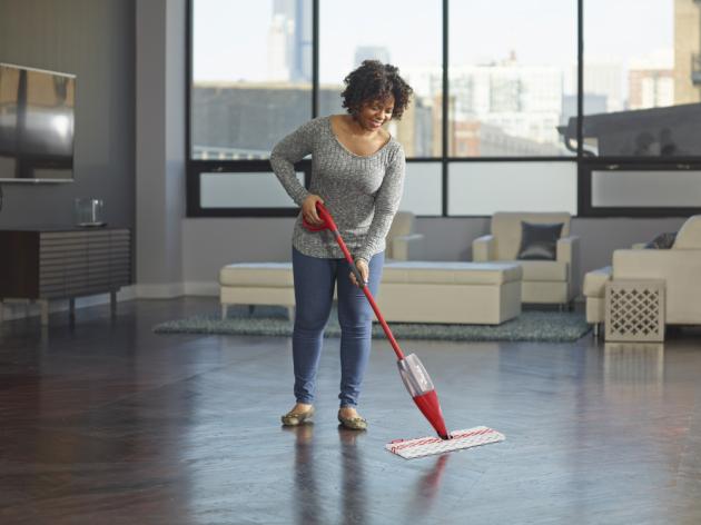 Spray MAX vám zaručí snadný a rychlý úklid, který vašemu domovu dodá pocit čistoty.