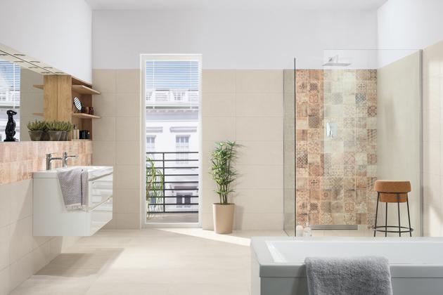 Řešením je systém RAKO, tzv. Tichá dlažba, využitelný i pro podlahy s elektrickým vytápěním.