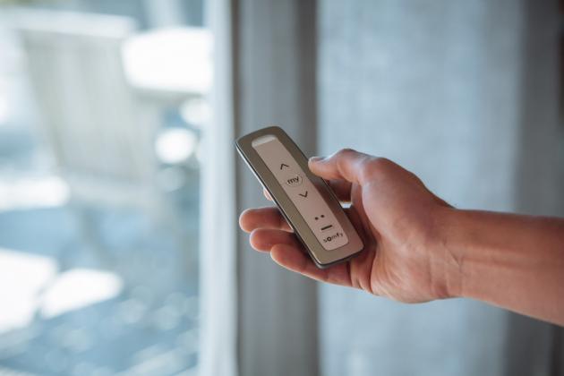 SOMFY pracuje v rámci systémů pro ovládání domácnosti se dvěma technologiemi - RTS a io-homecontrol®.
