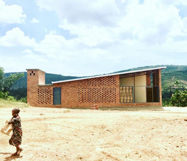 Prototype Village House, Kigali, Rwanda  Architekti: Rafi Segal a MIT Rwanda Workshop Team, USA  Copyrights: Rafi Segal, Monica Hutton, Andrew Brose