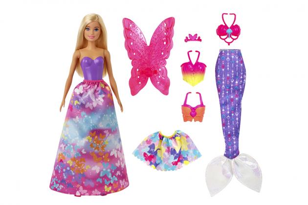 Panenka Barbie s pohádkovými doplňky, Mattel Cena 899 Kč, www.mall.cz