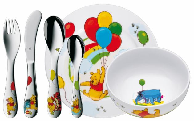 Kdo nezná medvídka Pú? Když s dětmi zasedne ke stolu, stravování je rázem zábavnější. Cena: 1599 Kč