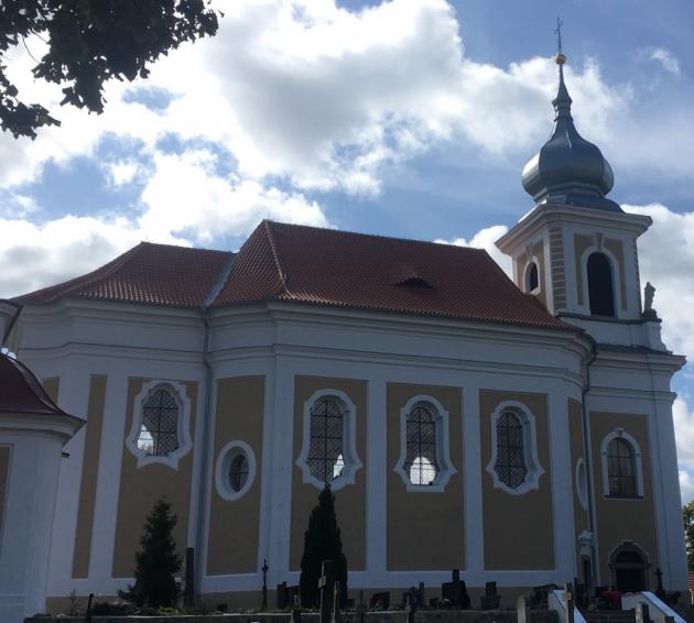 2. místo: patří firmě Tesmo, s.r.o. z Plzně a Vertigo Písek s.r.o. za střechu na kostele svatého Jana Křtitele v Paštikách. Velký prejz na barokním krovu ukládaný do malty realizovaly firmy společně jako sdružení.