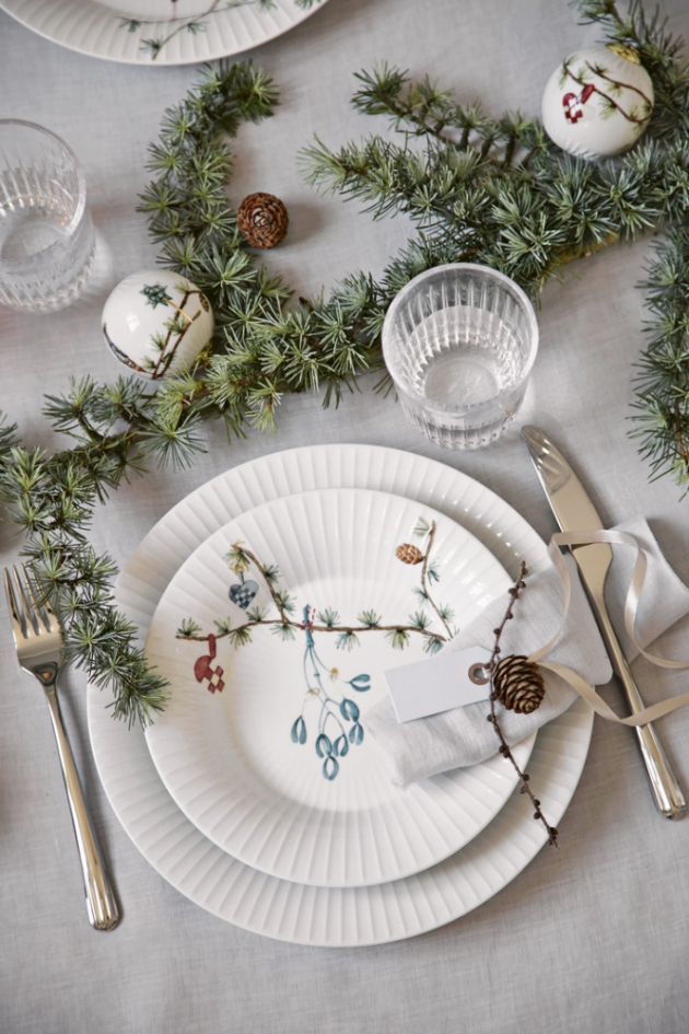 Keramické nádobí z kolekce Hammershoi Christmas (Kähler), cena od 845 Kč/ks, www.elarte.cz