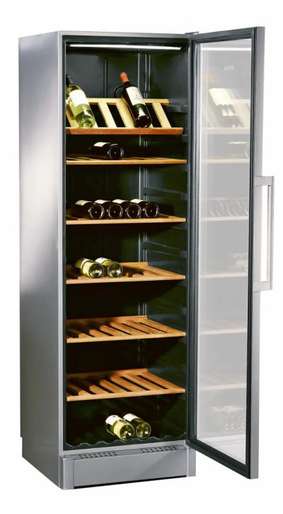 Vinotéka Serie8 XXL (Bosch), 2 teplotní zóny, 2 digitální teploměry, kapacita 197 láhví, cena 44 990 Kč, www.bosch-home.cz