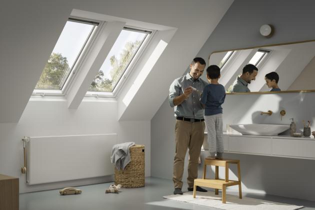 Podívejte se do lepších časů z nového střešního okna VELUX