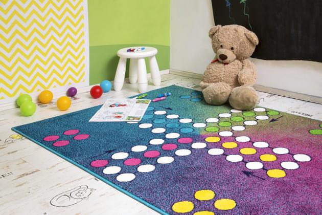 Kusový koberec Play 100% PP Frisé Heatset, výška vlasu 0,8 cm, 120 × 170 cm, cena 1 366 Kč, www.koberce-breno.cz
