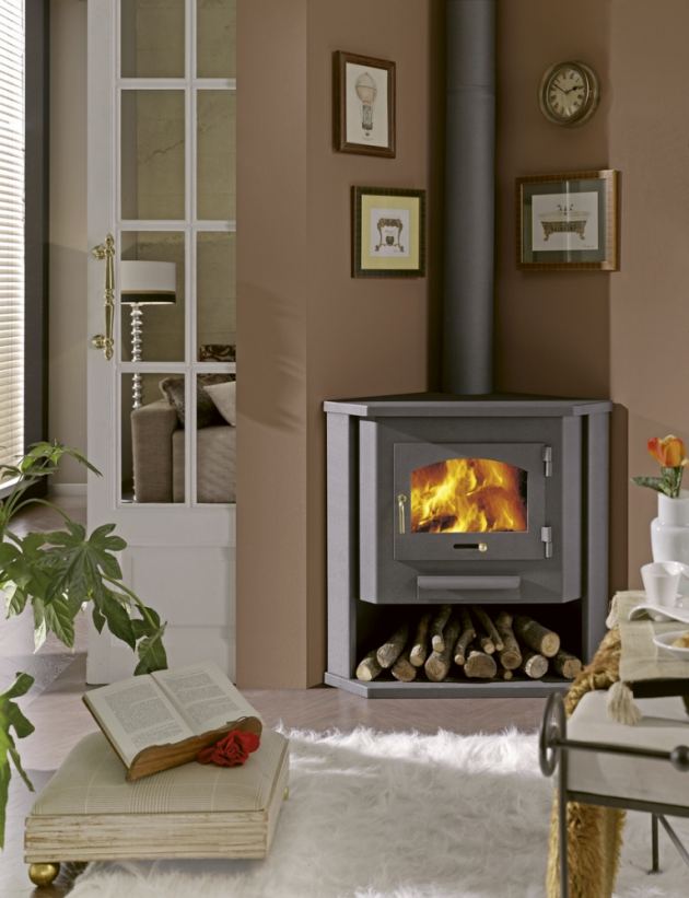 Rohová krbová kamna Madeira (Panadero) na dřevo, jmenovitý tepelný výkon 10 kW, cena 13 990 Kč, www.hornbach.cz