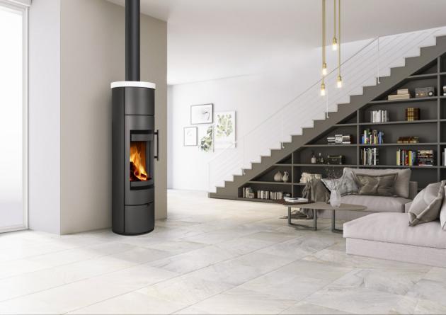 Keramická kamna LUANCO N 01 A (Romotop) dokážou prodloužit tepelné účinky o několik hodin, cena 41 900 Kč, www.romotop.cz
