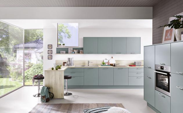Moderní design kuchyně Tamara v kombinaci s jemným pastelovým odstínem a jednoduchými doplňky vytváří harmonický celek bez romantického nádechu, www.siko.cz