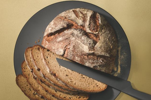 Upečte si kváskový chléb s Miele! Speciální díl online pořadu Miele Vařte doma jako šéf! o pečení kváskového chleba oslovil více než 260 000 uživatelů Facebooku