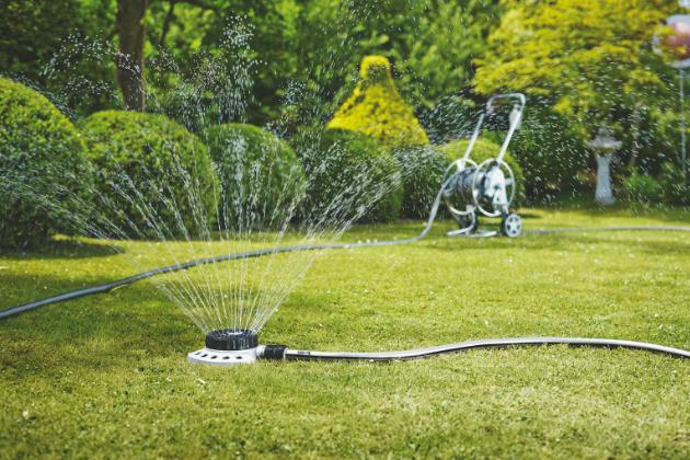 Zahradní zavlažovač for_q kruhový