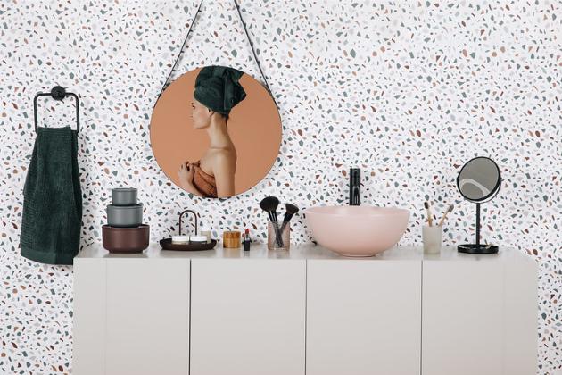 Jak proměnit malou koupelnu ve stylové místo? (foto: Bonami)