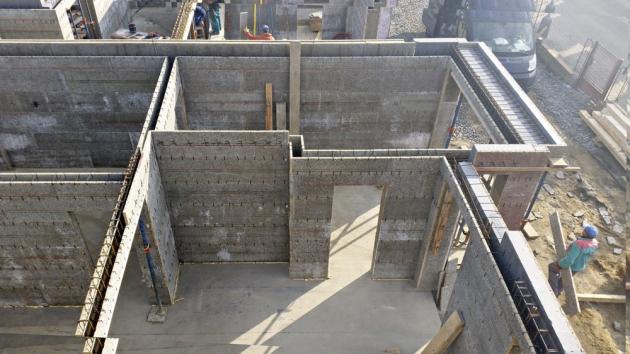 Domy ze systému Velox jsou energeticky úsporné a díky akumulačním vlastnostem betonu poskytují komfortní bydlení po celý rok, www.hoffmann.cz