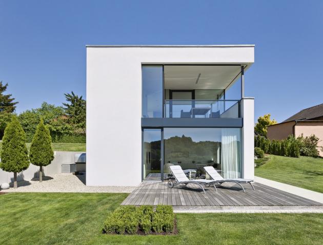 Domy z pórobetonových tvárnic Ytong jsou oblíbené hlavně díky snadné manipulaci i pohodlné práci s tímto stavivem,www.ytong.cz