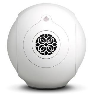 VOIX Premium Audio, pražský showroom se špičkovým audio a video vybavením, přidává do své nabídky renomovanou francouzskou značku Devialet, jednoho znejzajímavějších světových výrobců reproduktorových soustav a elektroniky, který od roku 2007 mění zažité představy o tom, jak mohou vypadat a hrát současné audio systémy.