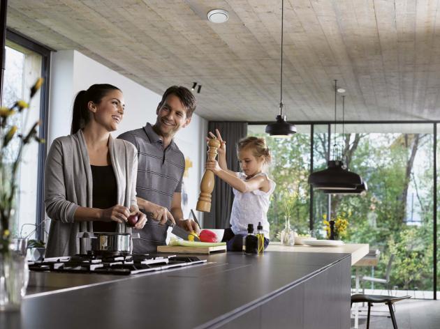 Spokojenost ve vlastním domě závisí na tom, jak v něm cítíte. Pokud vás zmáhá únava jakmile překročíte práh, může být na vině i špatná kvalita ovzduší