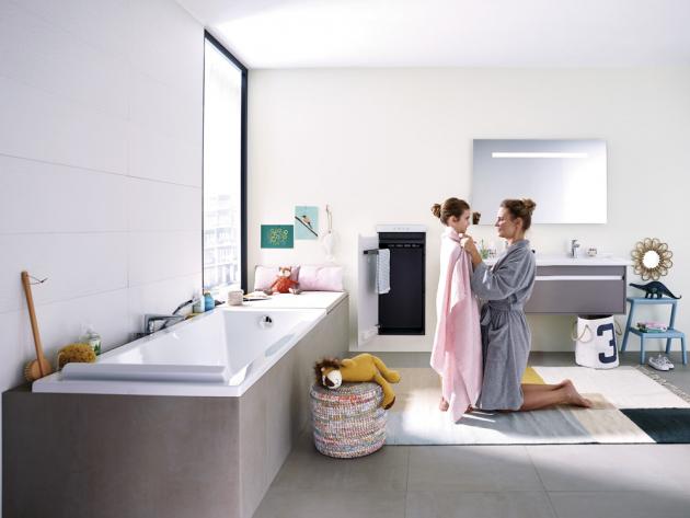 Těleso Zenia (Zehnder), kombinace sálavých skleněných dvířek a topného ventilátoru koupelnu dokonale vyhřeje, cena na dotaz, www.koupelny-ptacek.cz